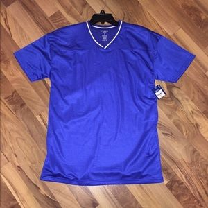 *NWT* Men's Jersey Style T-Shirt